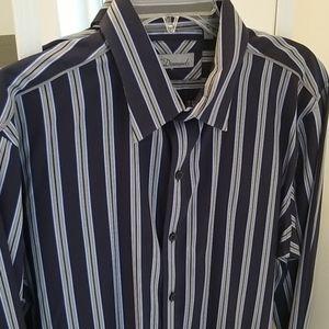 Men's Dress shirt size L 7 Diamonds
